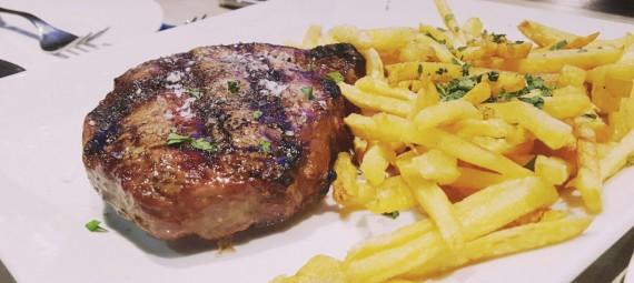 Cenas para grupos Barcelona con menú